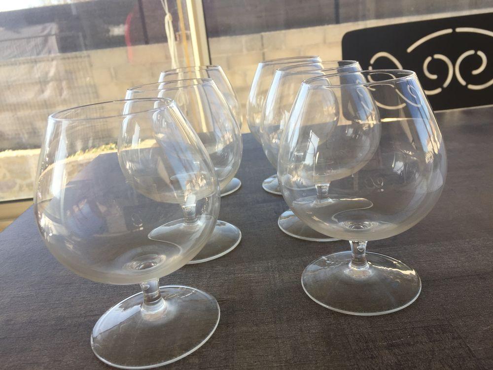 Six verres à cognac 5 Nîmes (30)
