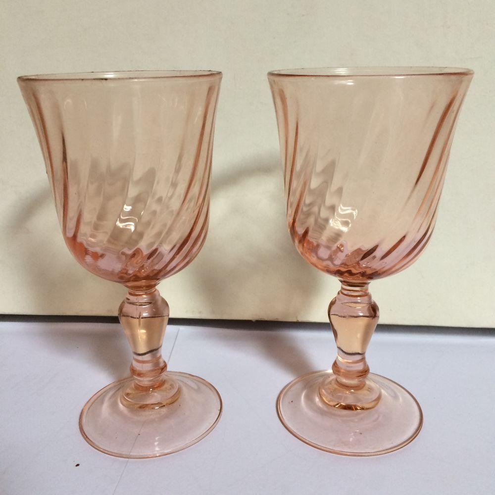 2 verres couleur rose 5 Charnay (69)