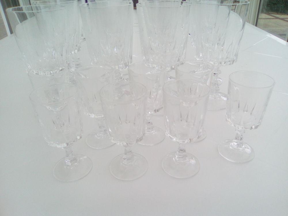 20 verres  cristal d' arques  29 Ancenis (44)