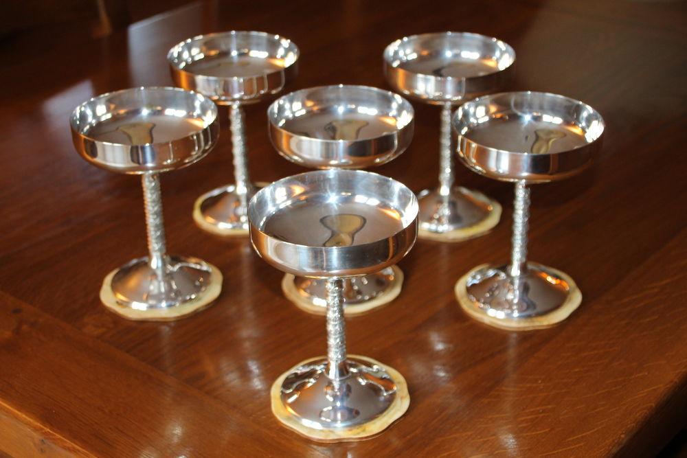6 verres en laiton argenté  60 Menton (06)