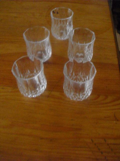 verres a liqueur en cristal lot de 5 5 Lyon 5 (69)