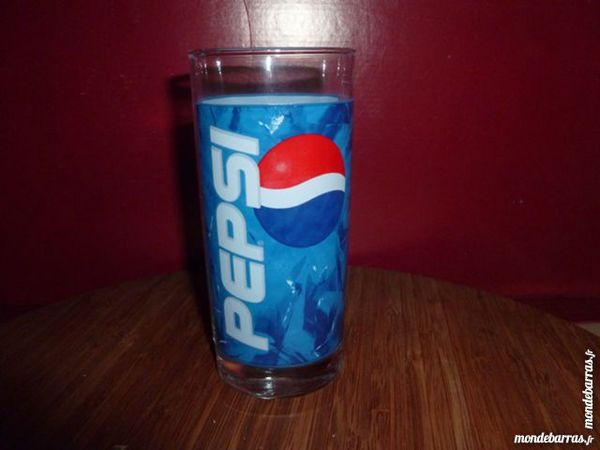 T33: 6 verres à PEPSI, droits, bleus 7 Vauréal (95)