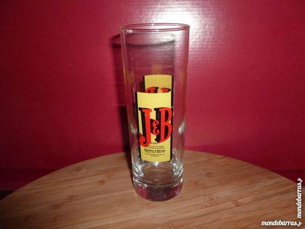 T33: 6 verres à whisky J.B, tubes nouveaux modèles 9 Vauréal (95)
