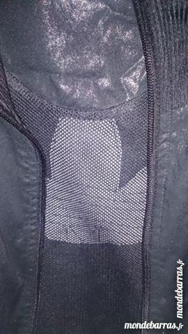 veste adidas noir 40 Lyon 1 (69)