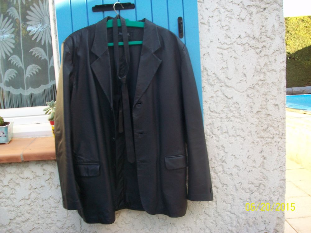 VESTE 3/4 AVEC CRAVATE Vêtements