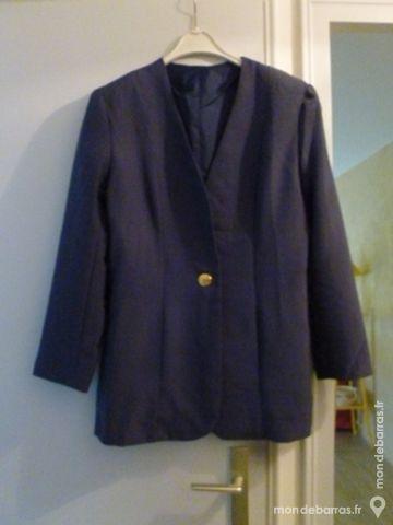 Veste bleu entièrement doublée 0 Thiais (94)