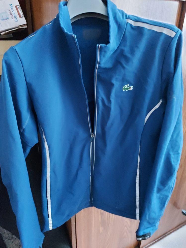 veste bleu 7 Charleville-Mézières (08)