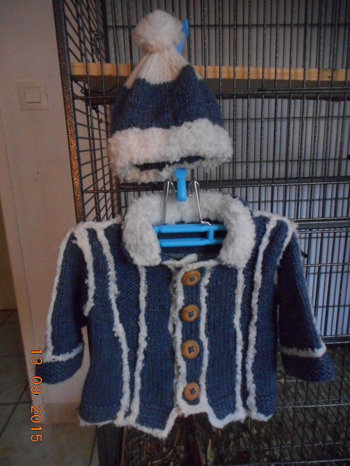 veste et bonnet (tricot main pour bébé de 10/12 mois 0 Lignan-sur-Orb (34)