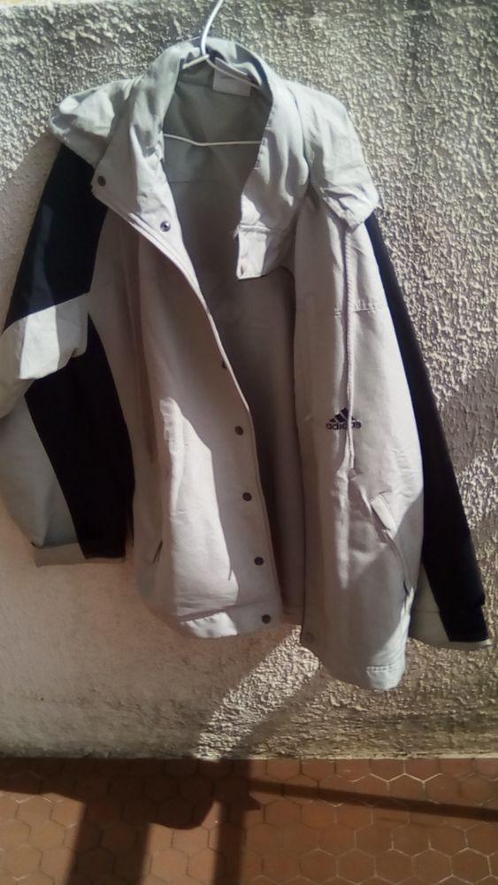 veste a capuche addidas 15 Les Sables-d'Olonne (85)