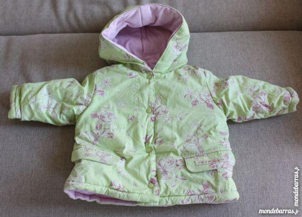 VESTE A CAPUCHE TAILLE 3 MOIS Vêtements enfants