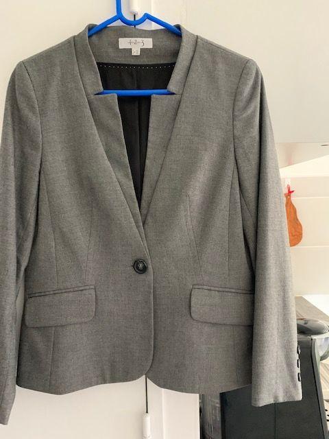 Veste classique  et veste Jean  25 Puyricard (13)