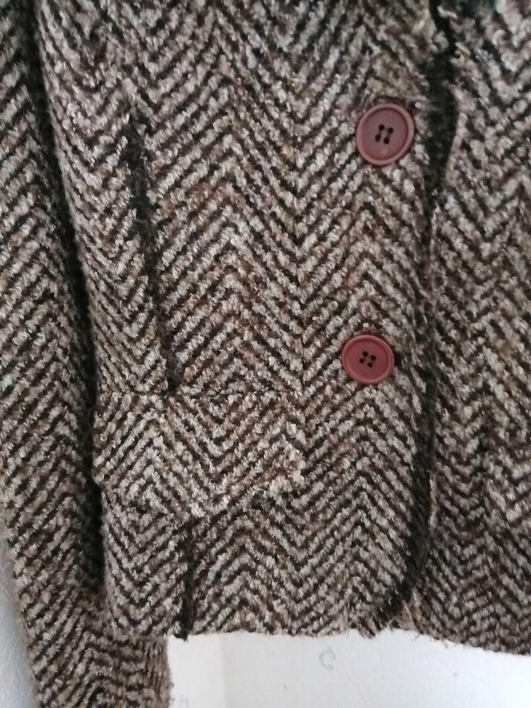 veste courte 6 Le Péage-de-Roussillon (38)
