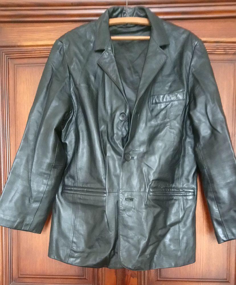 Veste en cuir d'Agneau 100 La Courneuve (93)