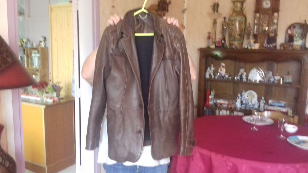 veste  en cuir d agneau 160 Langres (52)