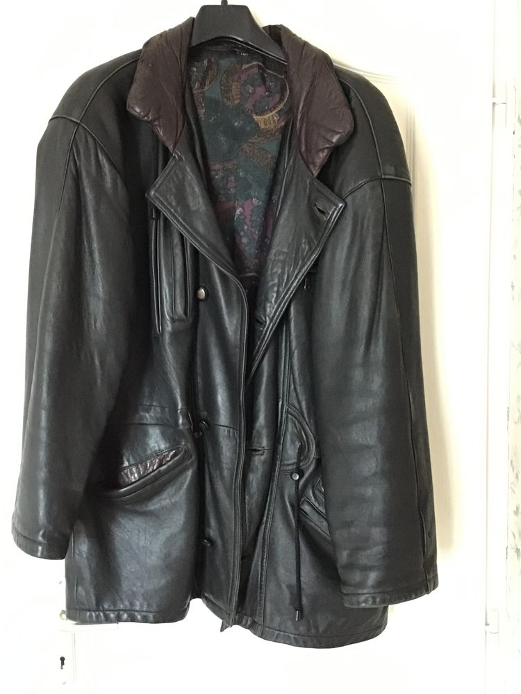 veste  cuirs et laine 150 Saint-Quentin-la-Poterie (30)