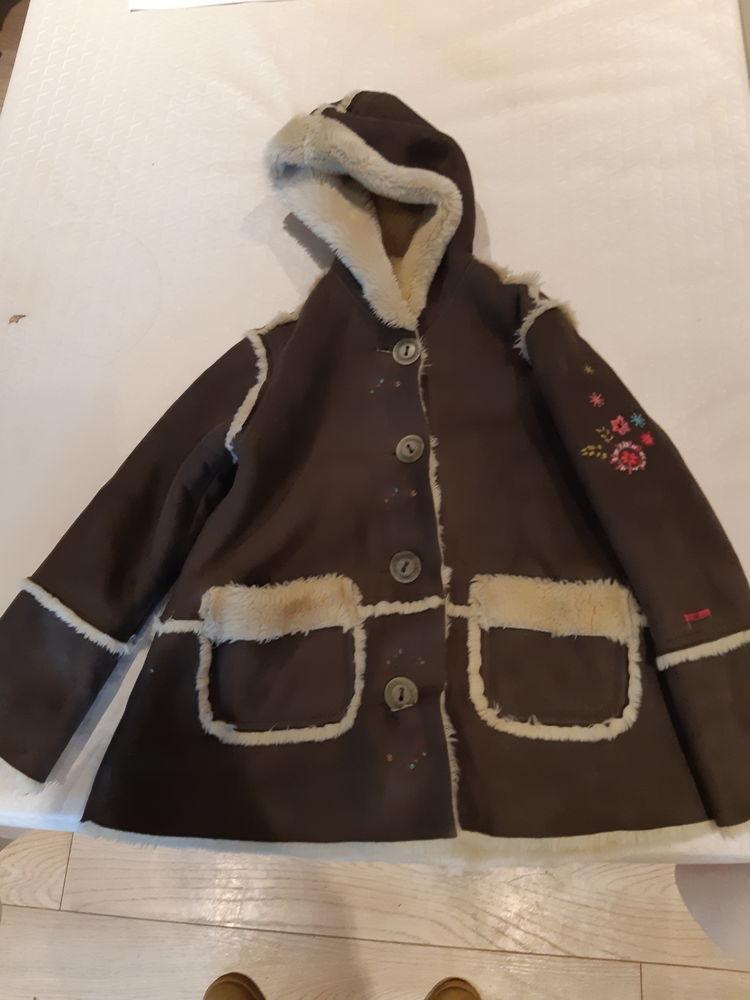 veste enfant 30 Saint-Jean-de-Luz (64)