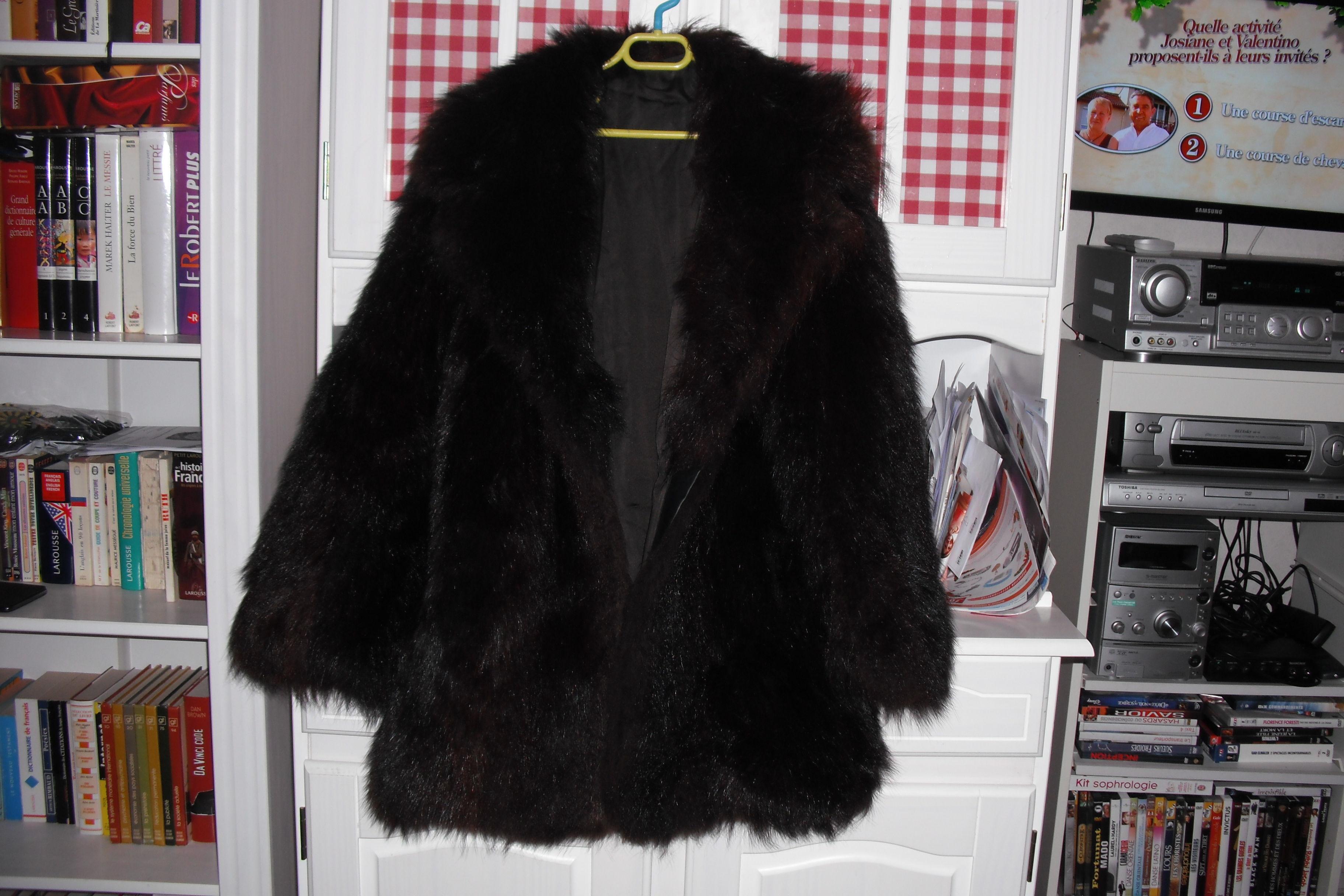 veste fausse fourrure imitation loup 40 Sannois (95)