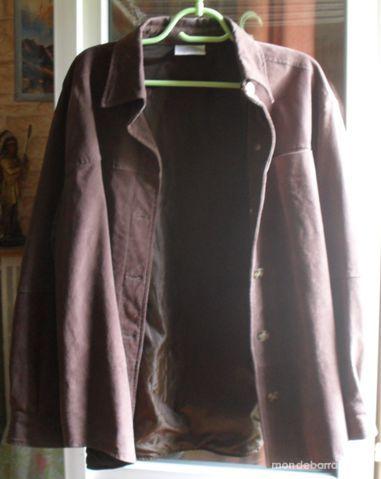 veste Femme en croûte cuir (porc) Taille 46/48. 35 Montreuil (93)