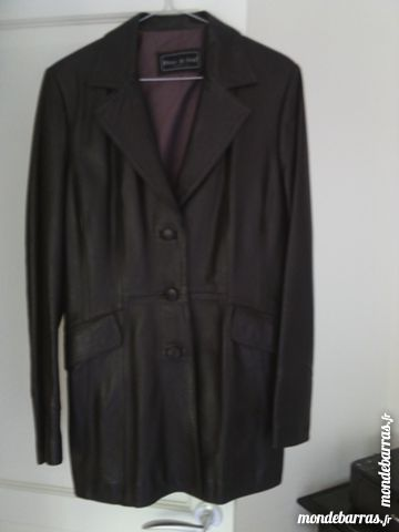 Veste femme en cuir véritable 80 Hyères (83)
