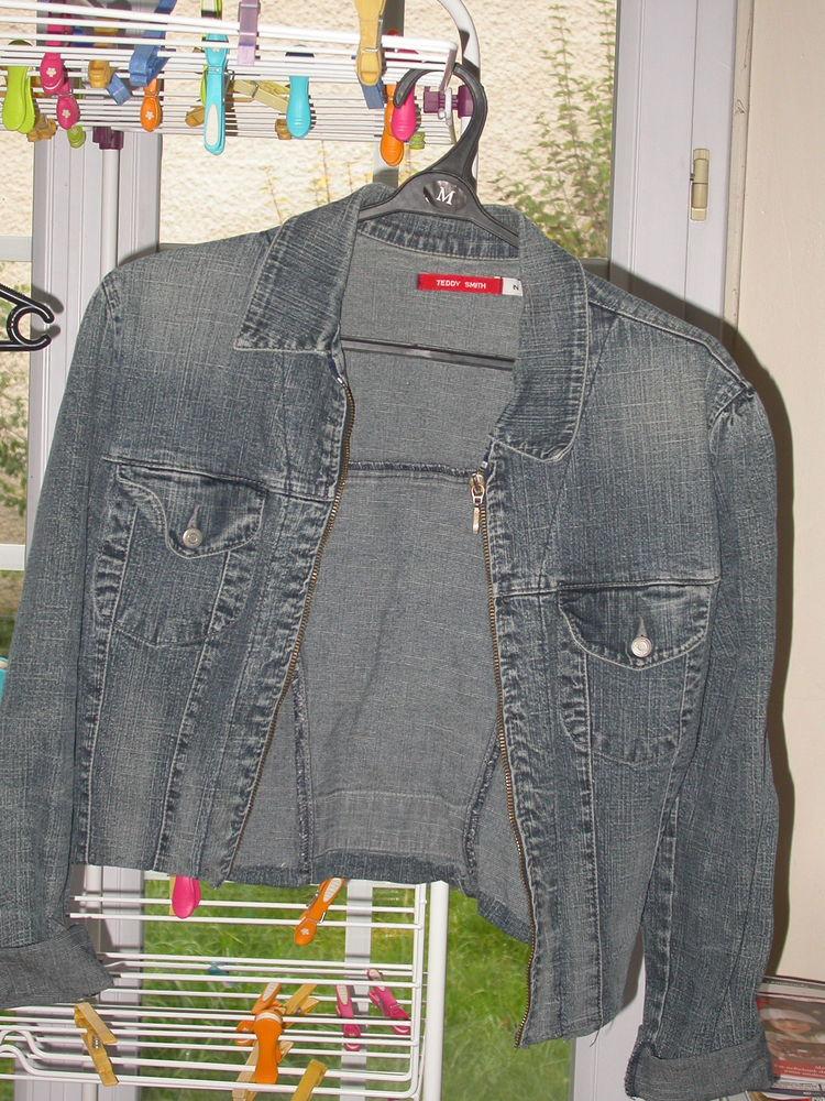 veste en jean TEDDY SMITH T.2,  remettre un curseur 0 Auvers-sur-Oise (95)