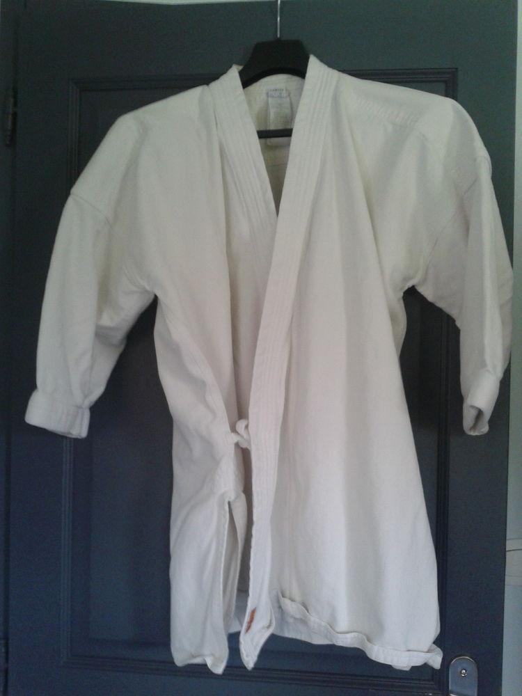 Veste Kimono  Karaté  Adulte Okayama 510 Domyos 15 Arques (62)