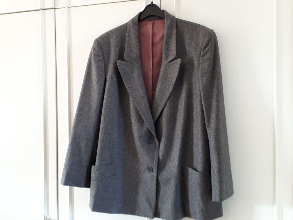 Veste en laine grise FRANCK ET FILS  - 40/42 - IMPECCABLE 35 Villemomble (93)