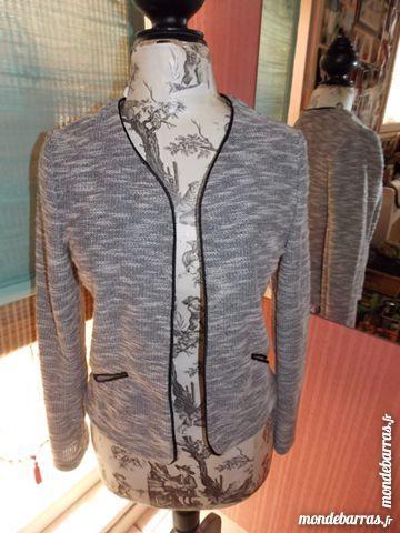 Achetez veste legere chiee occasion, annonce vente à Vaux-sur-Mer ... 7c1eaf72436