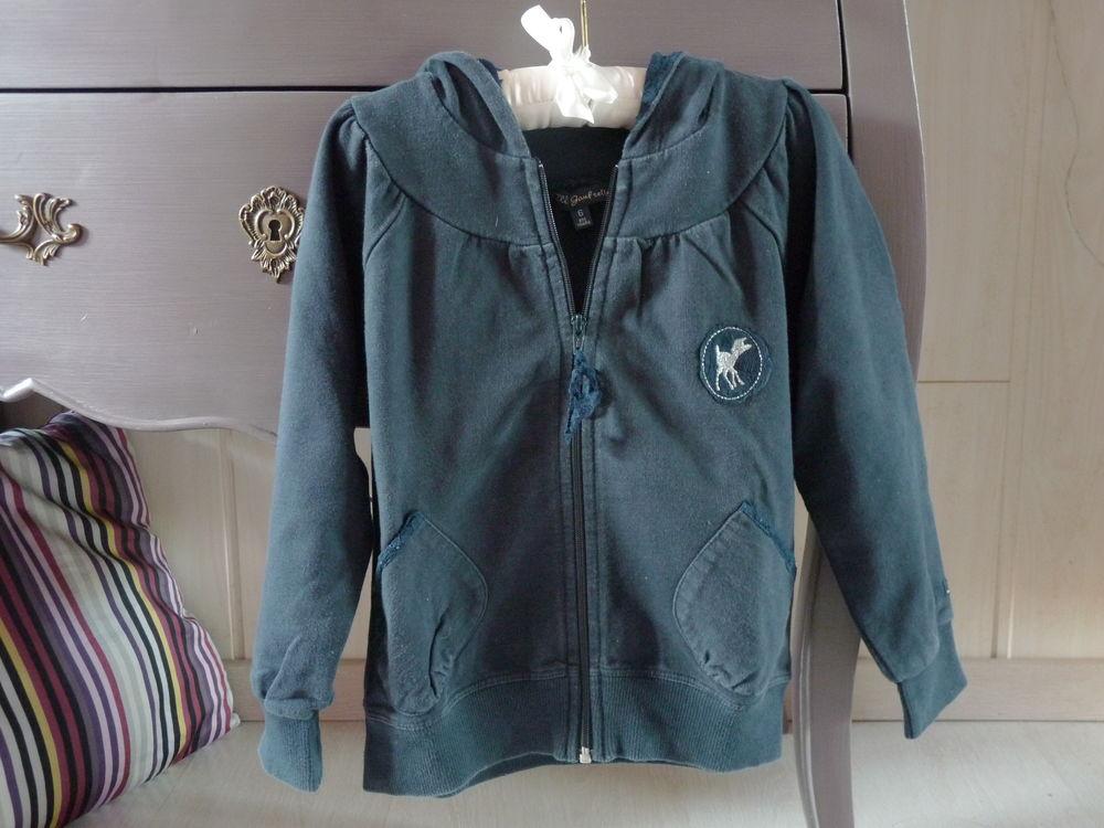 veste lili gaufrette 6 ans fille bleu TBE 10 Brienne-le-Château (10)