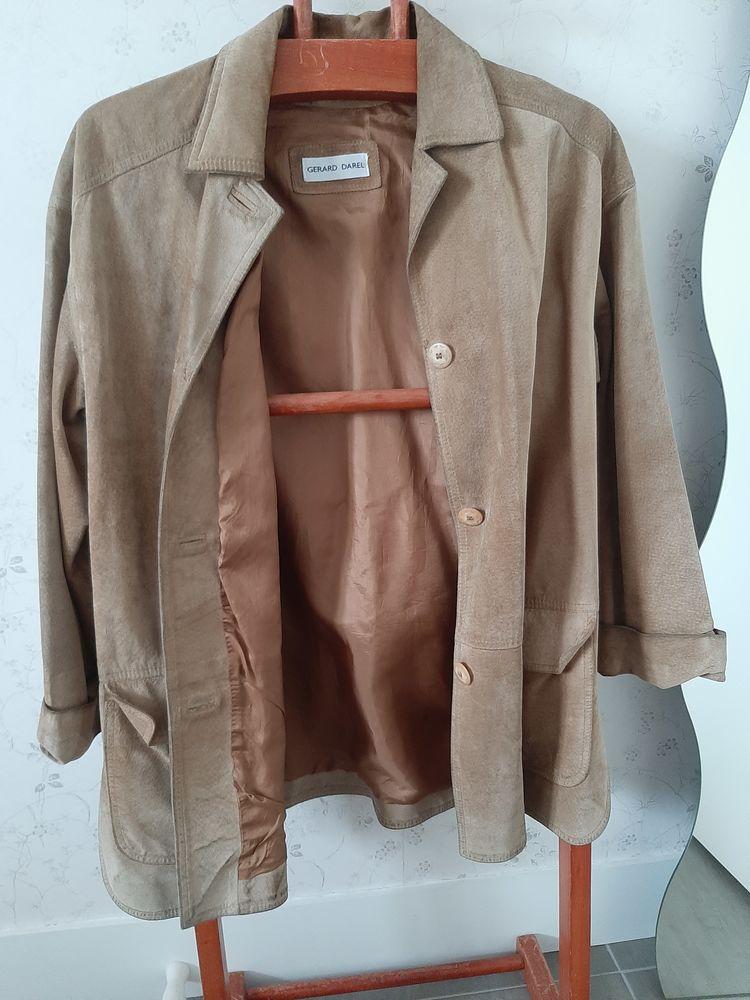 Veste/ manteau en daim Gerard Darel 50 Sceaux (92)
