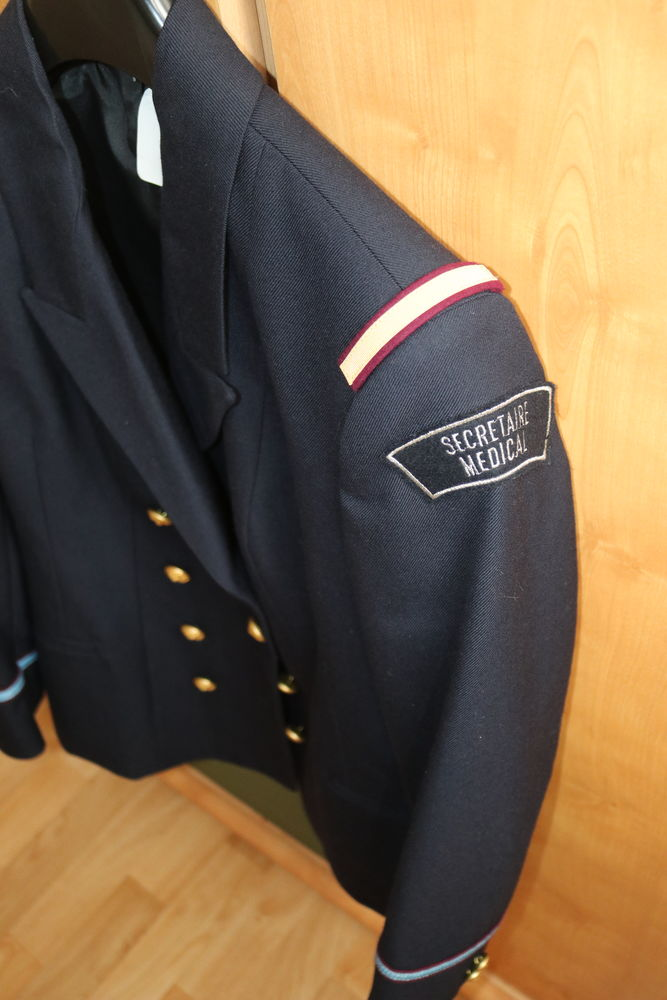 veste militaire femme 35 Quimper (29)