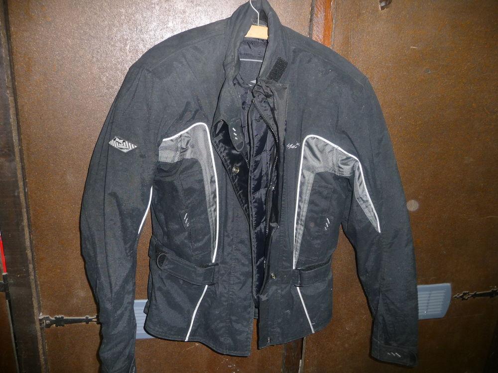 veste moto femme  40 Bucy-le-Long (02)