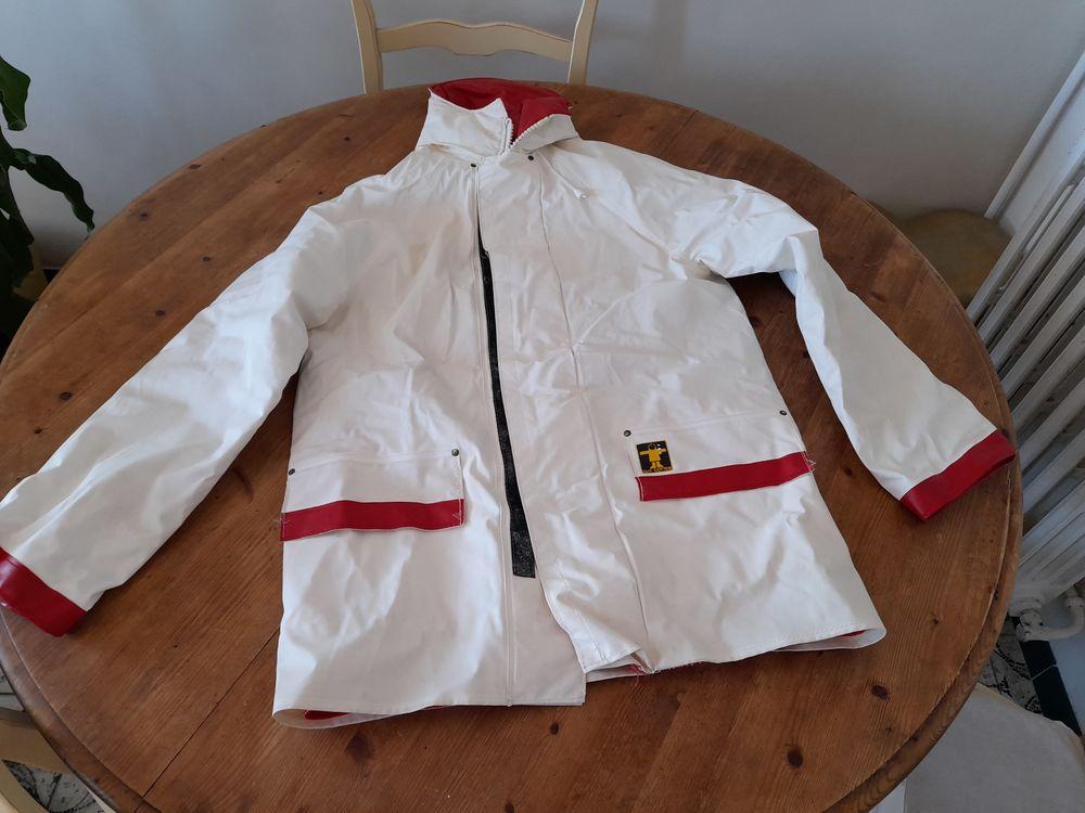 veste de quart marque Guy Cotten modèle Artic  40 Hyères (83)