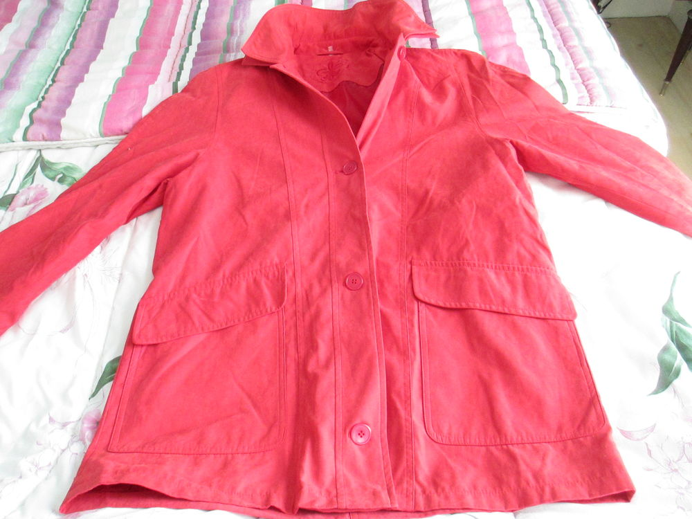 veste 44/46 rouge orangé mi saison 3/4 10 Limeil-Brévannes (94)