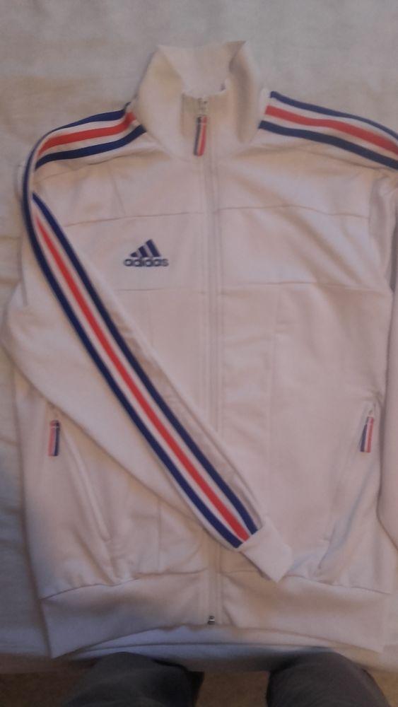 Veste de survêtement équipe de France Adidas. 10 Saint-Maximin (60)