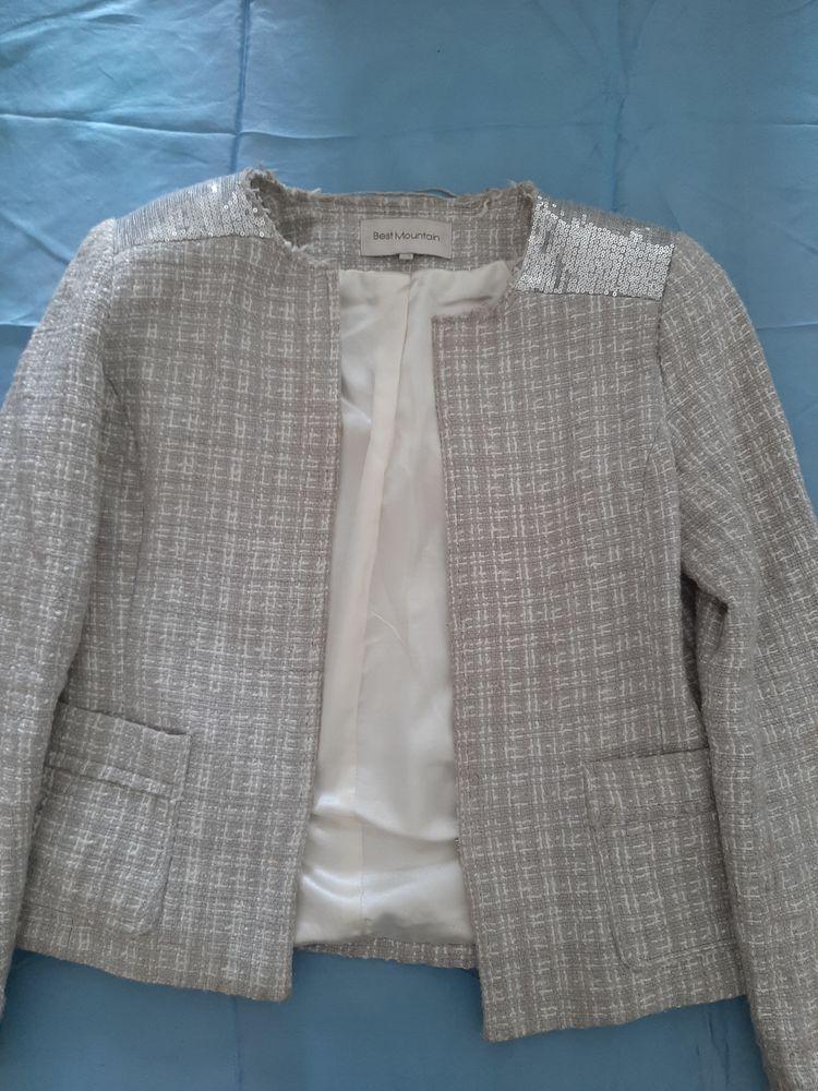 Veste tailleur coton épais, petites paillettes sur épaules 10 Sceaux (92)