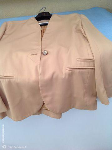 Veste tailleur femme xl 15 Villepinte (93)