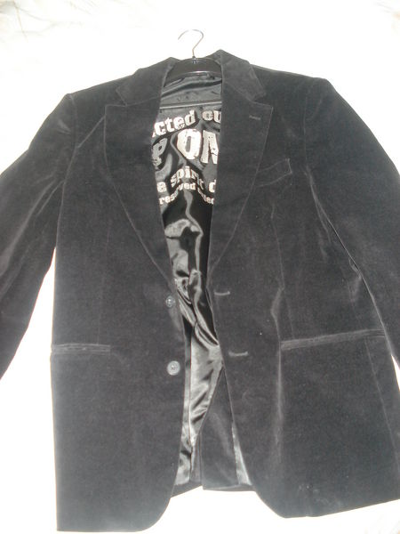 veste velours 15 Charleville-Mézières (08)
