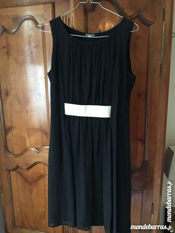 robes de soir e occasion fontainebleau 77 annonces achat et vente de robes de soir e. Black Bedroom Furniture Sets. Home Design Ideas