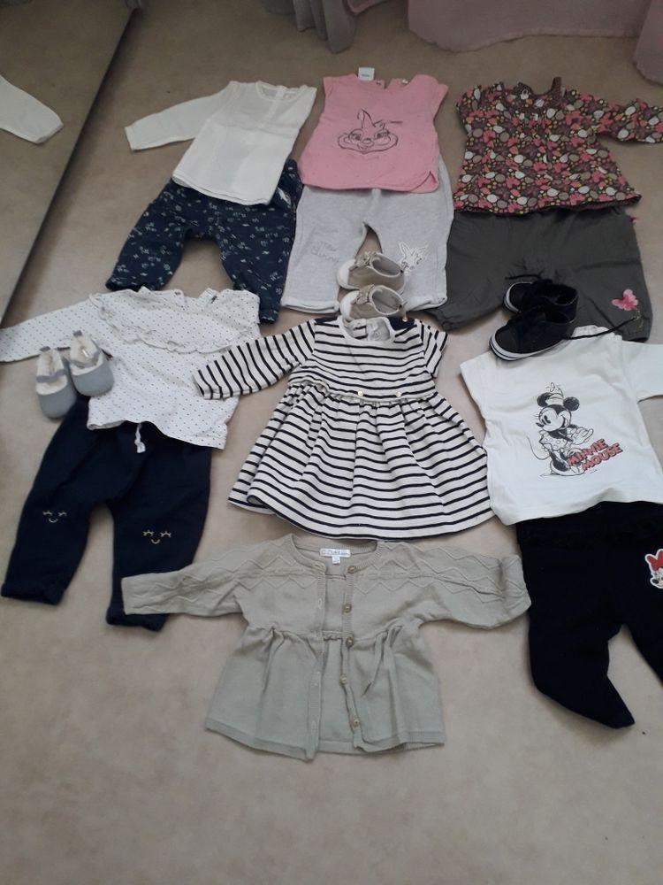 lot de vêtements bébé fille 6 mois 15 Aubagne (13)