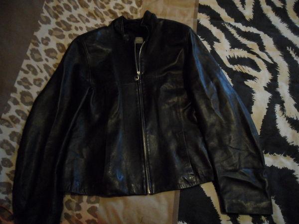 Vêtements cuir femme 0 Neuville-en-Ferrain (59)