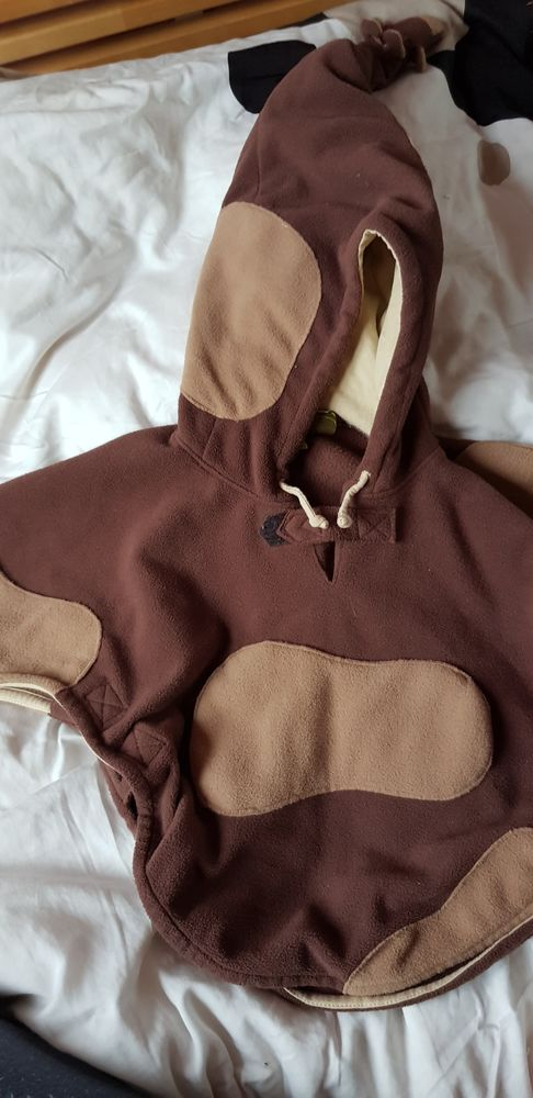 Vêtements divers de fille, tailles 2 ans, 3 ans, 4 ans: 12 Champigny-sur-Marne (94)