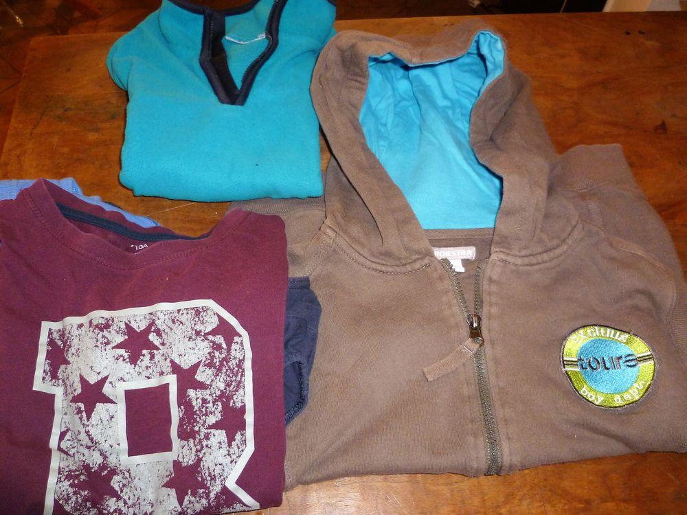 Lot vêtements enfant 10 ans 10 Paris 9 (75)