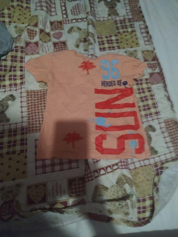 10€ vêtements d'enfants taille 5ans et un pull en 8 10 Accolay (89)