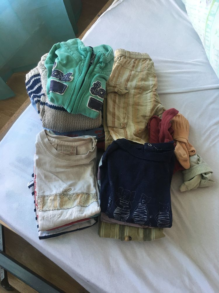 lot vêtements garçon 18-24mois 10 Cergy (95)