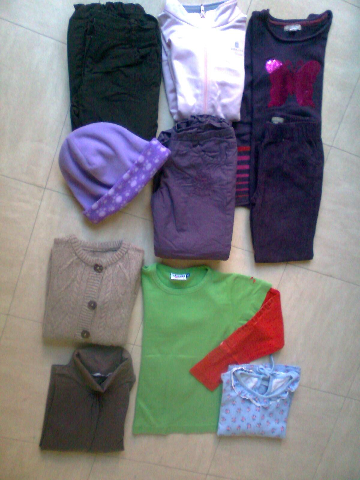 vêtements 5 ans, pantalons, pulls, hauts -zoe 3 Martigues (13)