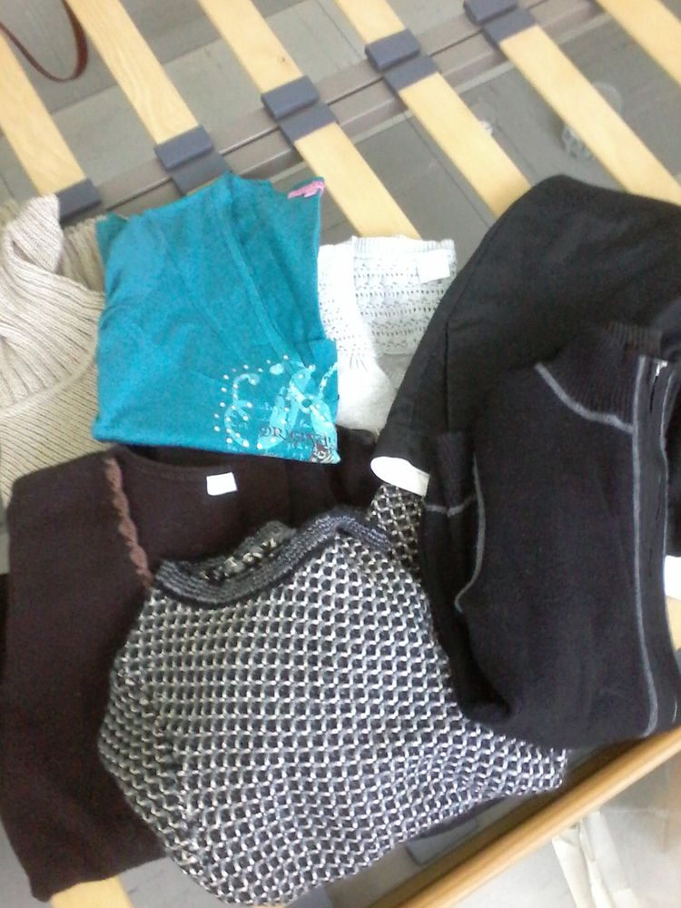 Vêtements pour femmes au choix   a unité 4 e 5e et 10e  5 Tourcoing (59)