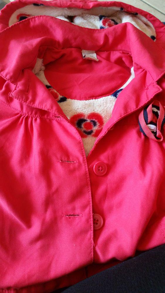 Vêtements  en tout genre 9 /12 mois  fille,  de marque.  1 La Roche-sur-Yon (85)