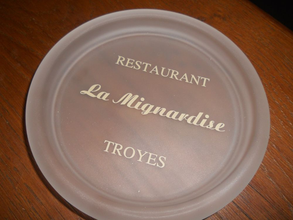 vide-poches  restaurant LA MIGNARDISE/Troyes  5 Auxon (10)