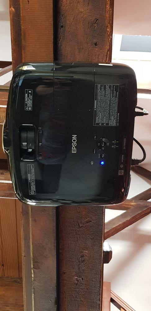 video projecteur 3D EPSON avec écran motorisé télécommande 990 Valenciennes (59)