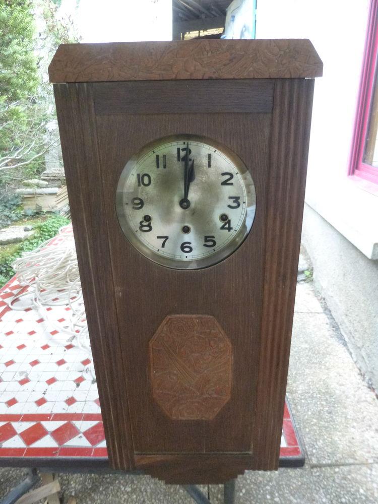 vieille pendule 70cm*30cm*16,5cm . 0 Saint-Malo-de-Phily (35)